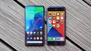 Differences Between iPhones and Android Smartphones