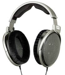Difference Between Headphones and Headsets