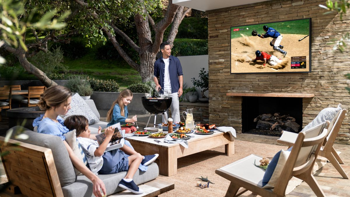 Things You Should Know About Outdoor TVs